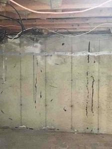 Long vertical wall crack