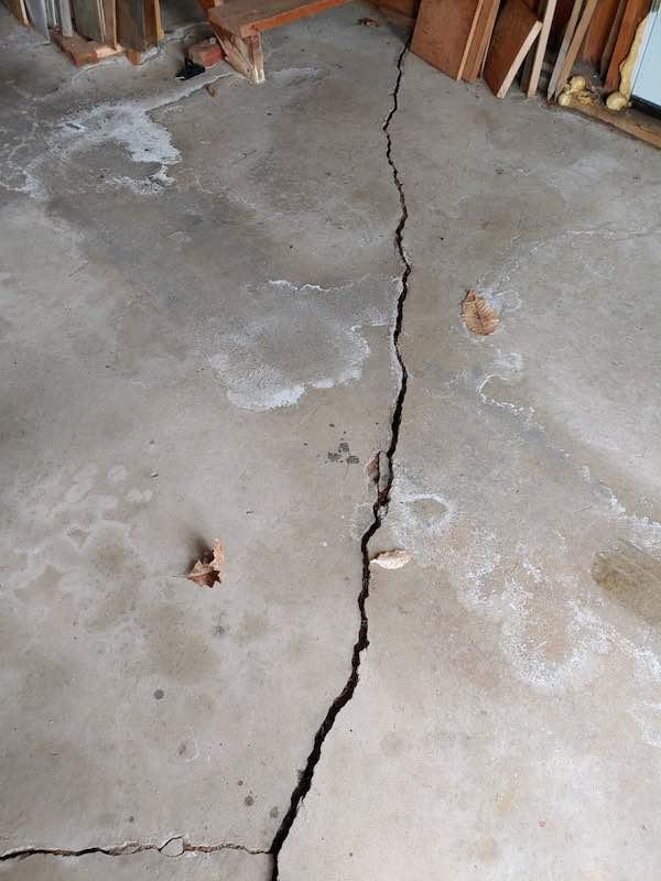 concrete-floor-crack2-berwick-maine